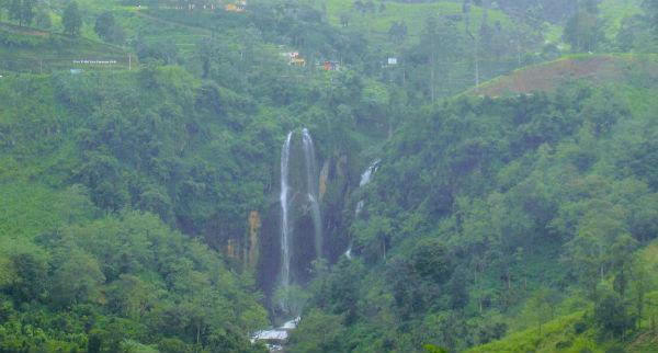 Flotte vandfald på Sri Lanka