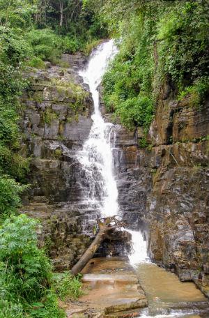 Flot vandfald Sri Lanka